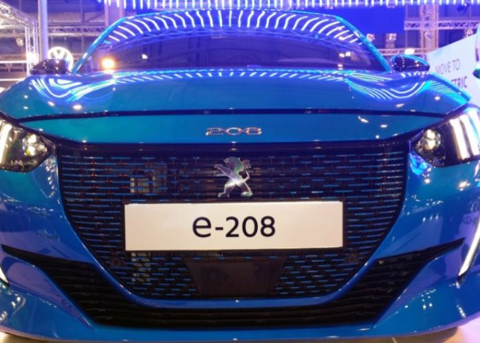 Electric Peugeot e-208 in 'Anytime' Motor Show Greece